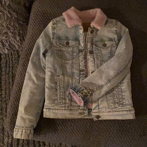 Levi's - Girls jeans  jacket with pink fur.